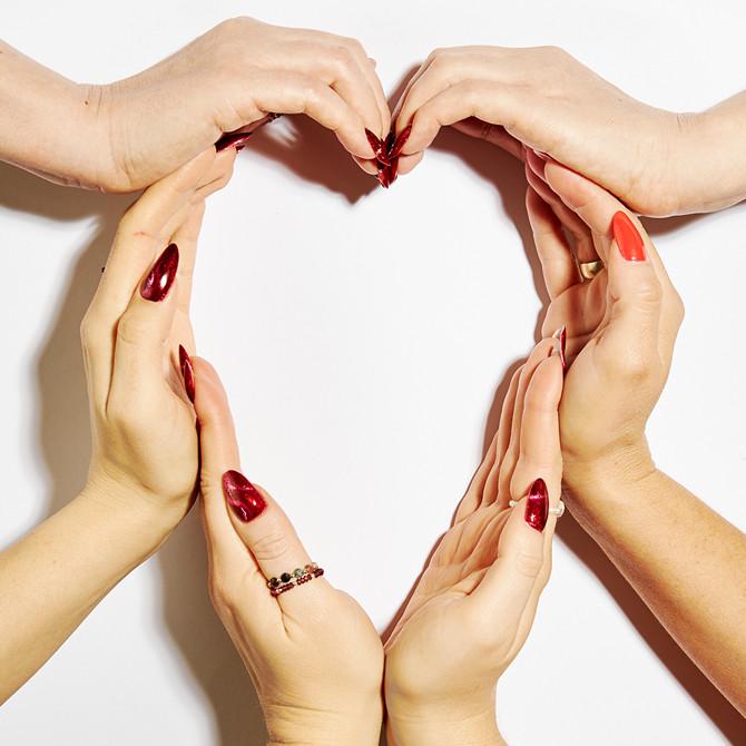 Czerowony manicure na Walentynki!